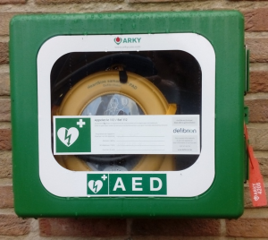 AED toestel in Kiewit